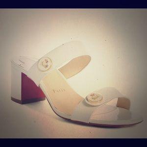 CL La Saviata Emblem Slide Sandal